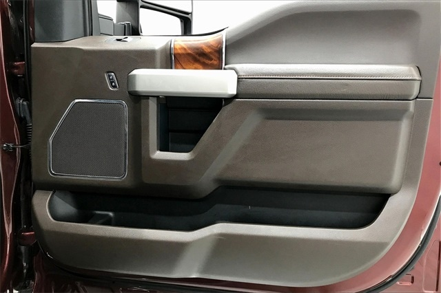 2017 Ford F-250 Crew Cab 4x4, Pickup #THED77082 - photo 29