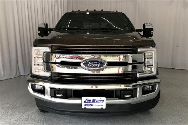 2017 Ford F-350 Crew Cab DRW 4x4, Pickup #THEE23838 - photo 4