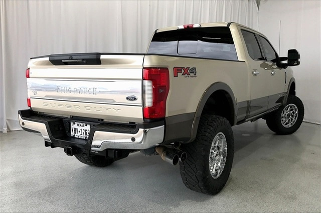 2017 Ford F-250 Crew Cab 4x4, Pickup #THEE80873 - photo 14