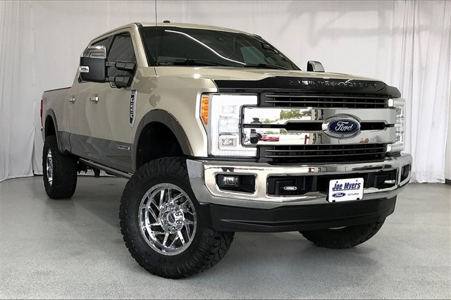 2017 Ford F-250 Crew Cab 4x4, Pickup #THEE80873 - photo 39