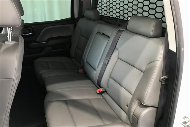 2017 Chevrolet Silverado 3500 Crew Cab RWD, Platform Body #THF135832 - photo 18