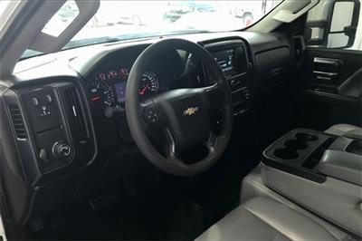 2017 Chevrolet Silverado 3500 Crew Cab RWD, Platform Body #THF135832 - photo 13
