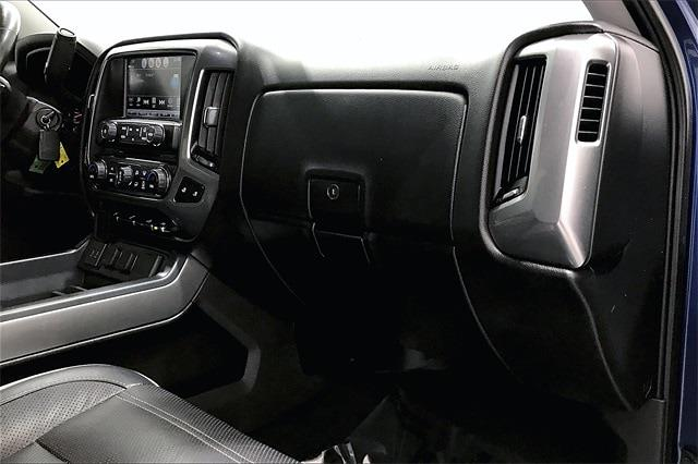 2017 Chevrolet Silverado 1500 Crew Cab 4x2, Pickup #THG183203 - photo 17