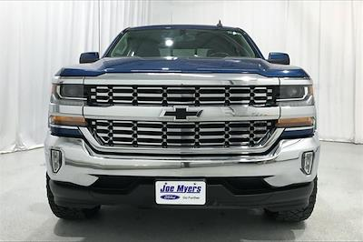 2017 Chevrolet Silverado 1500 Crew Cab 4x2, Pickup #THG183203 - photo 2