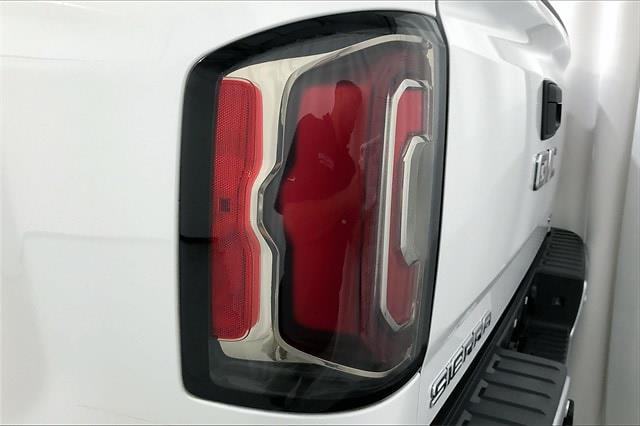 2017 GMC Sierra 1500 Crew Cab 4x4, Pickup #THG393404 - photo 32