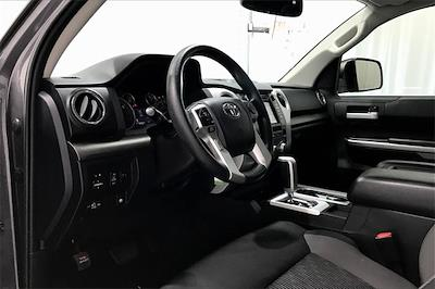 2017 Toyota Tundra Crew Cab 4x2, Pickup #THX112850 - photo 15