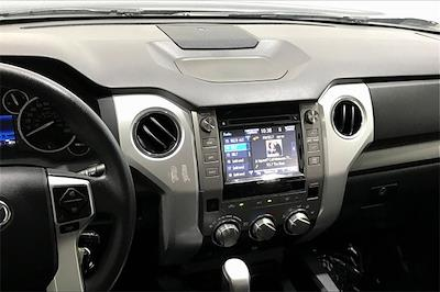 2017 Toyota Tundra Crew Cab 4x2, Pickup #THX112850 - photo 6