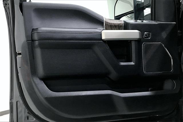 2018 Ford F-250 Crew Cab 4x4, Pickup #TJEC53350 - photo 28