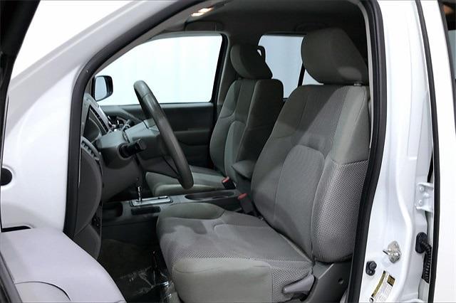 2018 Nissan Frontier Crew Cab 4x2, Pickup #TJN745939 - photo 20
