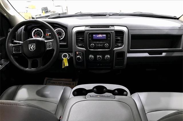 2018 Ram 1500 Quad Cab 4x2, Pickup #TJS330365 - photo 17
