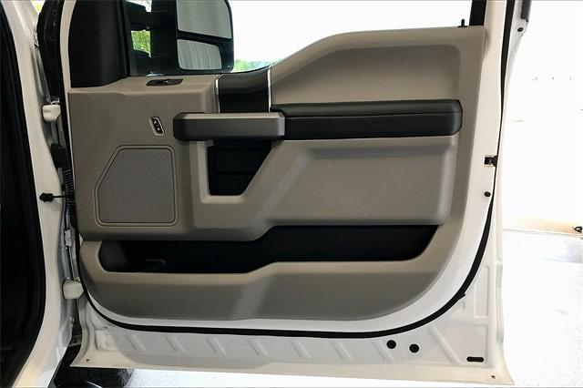 2019 Ford F-250 Crew Cab 4x4, Pickup #TKEE35377 - photo 29