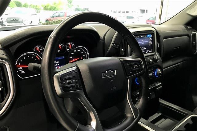 2019 Chevrolet Silverado 1500 Crew Cab 4x4, Pickup #TKG313732 - photo 15