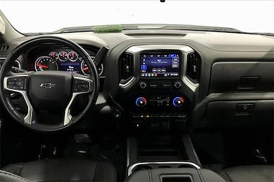 2019 Chevrolet Silverado 1500 Crew Cab 4x4, Pickup #TKG313732 - photo 17