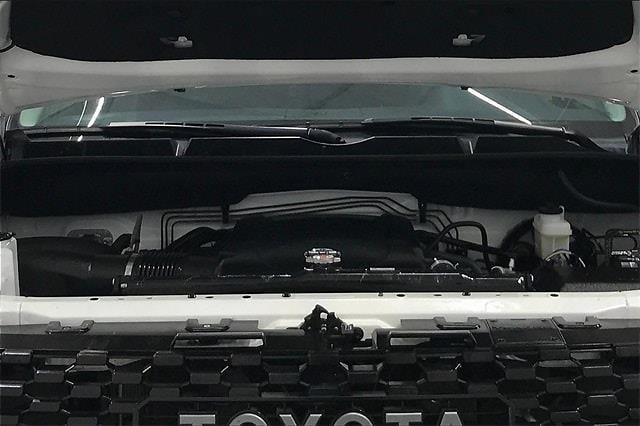 2019 Toyota Tundra Crew Cab 4x4, Pickup #TKX856589 - photo 12