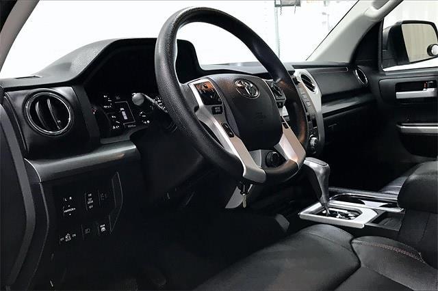 2019 Toyota Tundra Crew Cab 4x4, Pickup #TKX856589 - photo 15