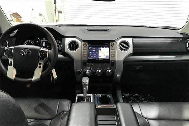 2019 Toyota Tundra Crew Cab 4x4, Pickup #TKX856589 - photo 17