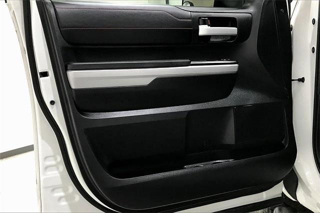 2019 Toyota Tundra Crew Cab 4x4, Pickup #TKX856589 - photo 28