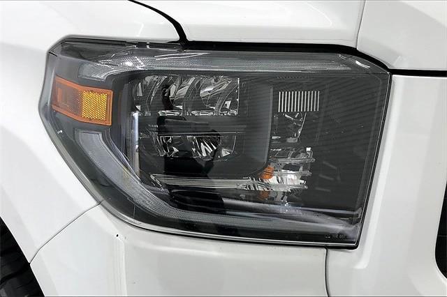 2019 Toyota Tundra Crew Cab 4x4, Pickup #TKX856589 - photo 32
