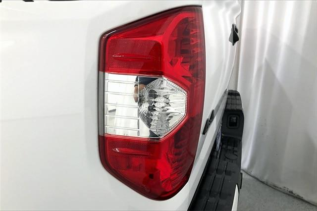 2019 Toyota Tundra Crew Cab 4x4, Pickup #TKX856589 - photo 33