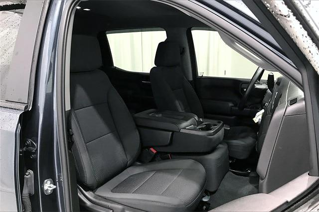 2020 Chevrolet Silverado 1500 Crew Cab 4x4, Pickup #TLG203482 - photo 8