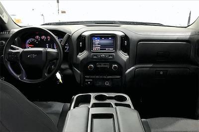 2020 Chevrolet Silverado 1500 Crew Cab 4x4, Pickup #TLG203482 - photo 17