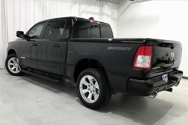2021 Ram 1500 Crew Cab 4x2, Pickup #TMN574591 - photo 2