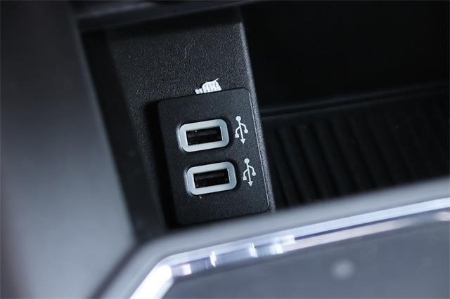 2018 F-150 SuperCrew Cab 4x4,  Pickup #P90269 - photo 15
