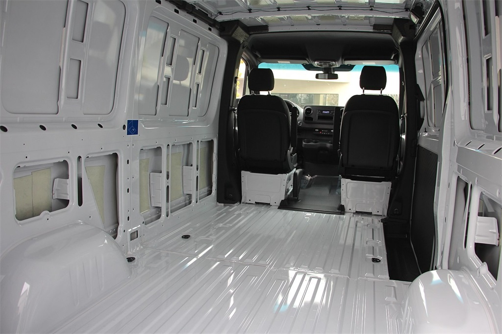 2019 Mercedes-Benz Sprinter 1500 Standard Roof, Empty Cargo Van #CV90774 - photo 1