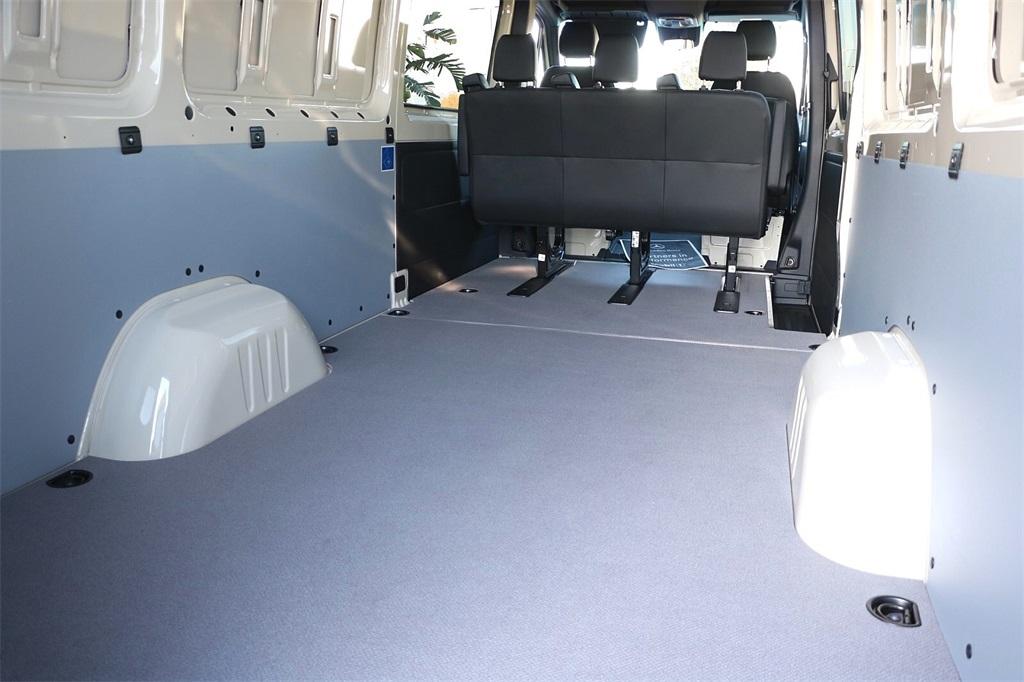2020 Mercedes-Benz Sprinter 2500 4x2, Crew Van #CV1111 - photo 1