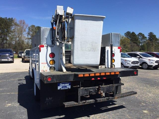 2005 F-450 Regular Cab DRW 4x2, Crane Body #3111U - photo 7