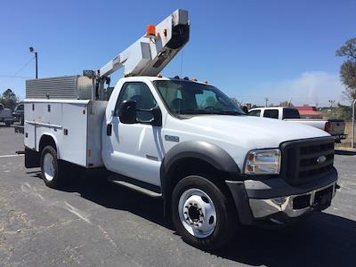 2005 F-450 Regular Cab DRW 4x2, Crane Body #3111U - photo 6