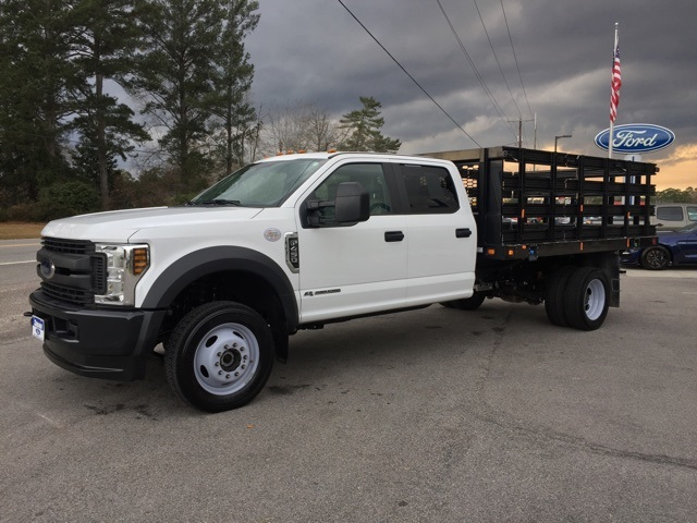 2019 Ford F-450 Crew Cab DRW 4x4, Stake Bed #3360U - photo 8