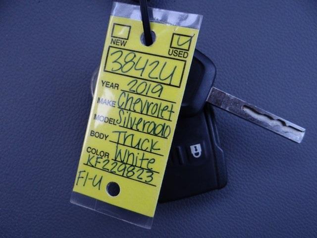2019 Chevrolet Silverado 2500 Crew Cab 4x4, Platform Body #3842U - photo 25