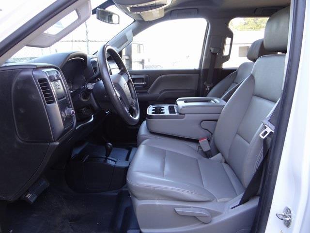 2019 Chevrolet Silverado 2500 Crew Cab 4x4, Platform Body #3842U - photo 7