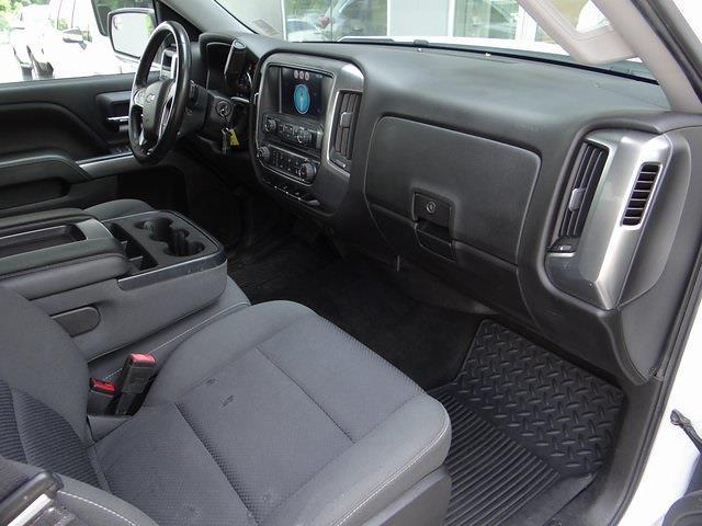 2016 Chevrolet Silverado 1500 Crew Cab 4x4, Pickup #3926U - photo 25