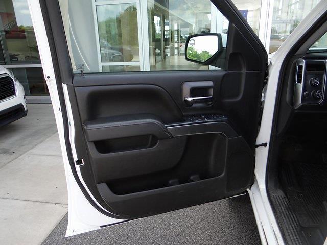 2016 Chevrolet Silverado 1500 Crew Cab 4x4, Pickup #3926U - photo 31