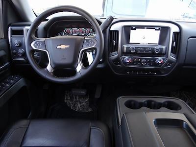 2016 Chevrolet Silverado 1500 Crew Cab 4x4, Pickup #4018U - photo 9