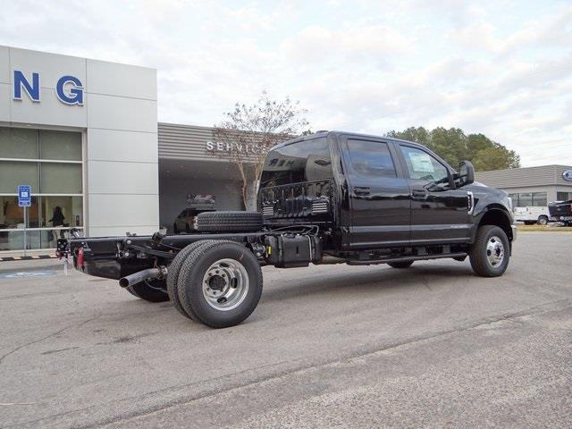 2021 Ford F-350 Crew Cab DRW 4x4, Cab Chassis #T1524 - photo 2