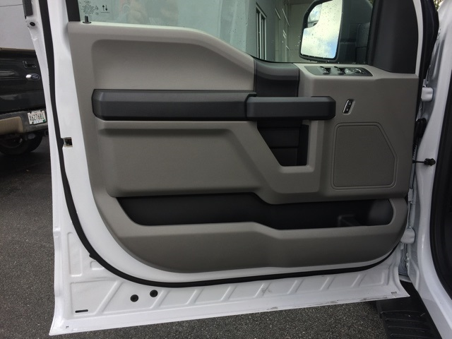 2019 F-150 SuperCrew Cab 4x4, Pickup #T5967 - photo 16