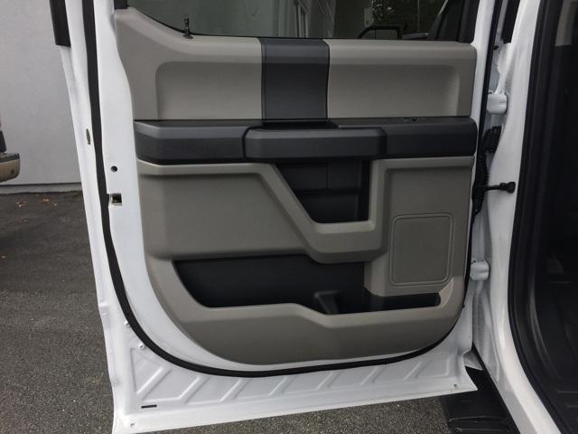 2019 F-150 SuperCrew Cab 4x4, Pickup #T5967 - photo 21