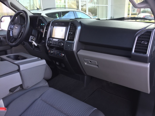 2019 F-150 Regular Cab 4x4, Pickup #T5987 - photo 30