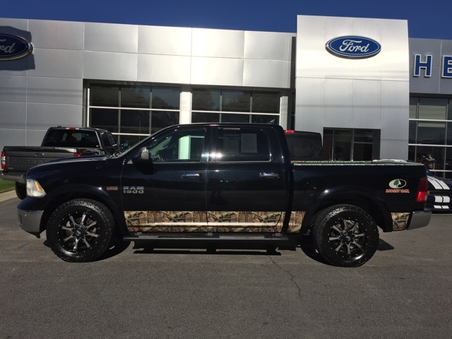 2015 Ram 1500 Crew Cab 4x4, Pickup #T60051 - photo 14