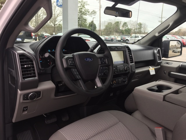 2020 Ford F-150 SuperCrew Cab 4x2, Pickup #T6070 - photo 17