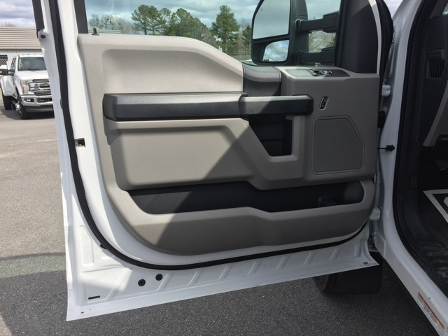 2019 Ford F-550 Regular Cab DRW 4x2, Knapheide Value-Master X Platform Body #T6078 - photo 26