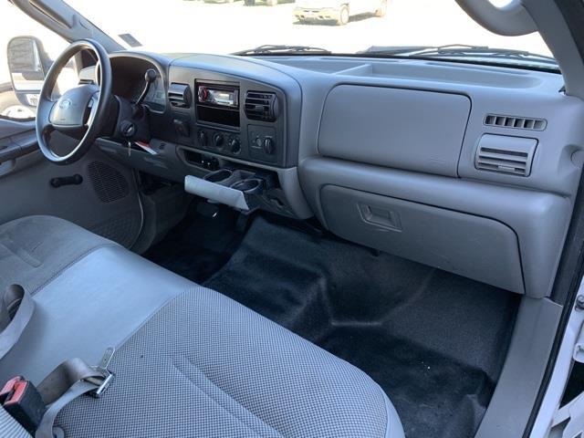 2006 Ford F-450 Regular Cab DRW 4x2, Service Body #T60801 - photo 18