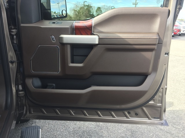 2019 F-150 SuperCrew Cab 4x4, Pickup #T60921 - photo 39