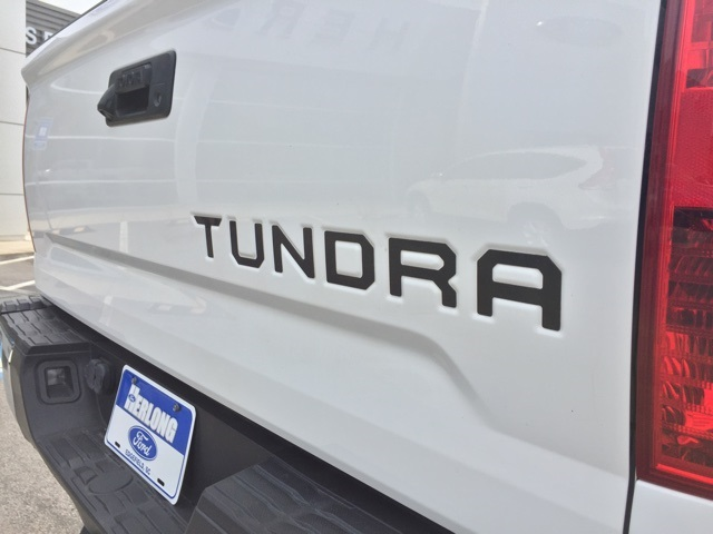 2015 Tundra Crew Cab 4x4, Pickup #T61071 - photo 17