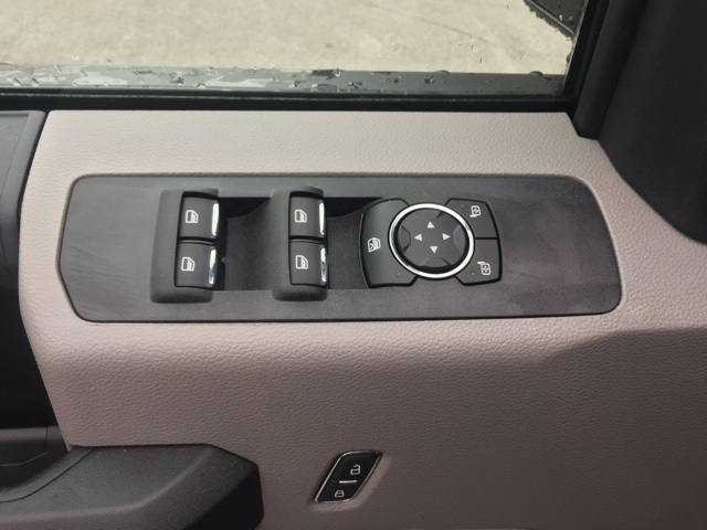 2019 Ford F-550 Crew Cab DRW 4x2, Cab Chassis #T6134 - photo 18