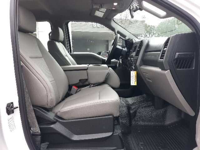 2019 Ford F-450 Crew Cab DRW 4x2, Cab Chassis #T6135 - photo 17