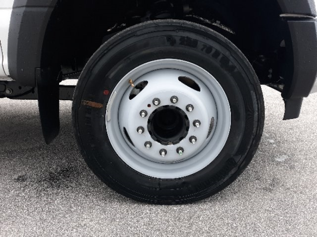 2019 Ford F-450 Crew Cab DRW 4x2, Cab Chassis #T6135 - photo 3
